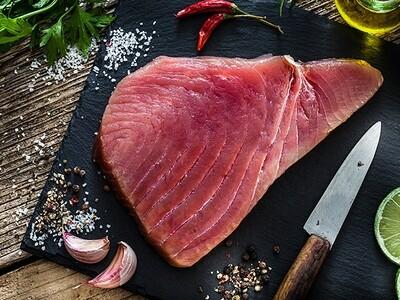 FRI, JUNE 25: 5 Peppercorn-Crusted Tuna