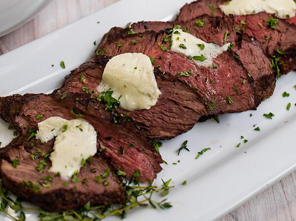 MON, OCT 18: Beef Tenderloin + Gorgonzola Mushrooms
