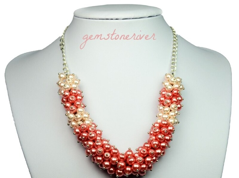 N21 Chunky Bold Cluster Bib Statement Necklace Coral peach pink light pink UK