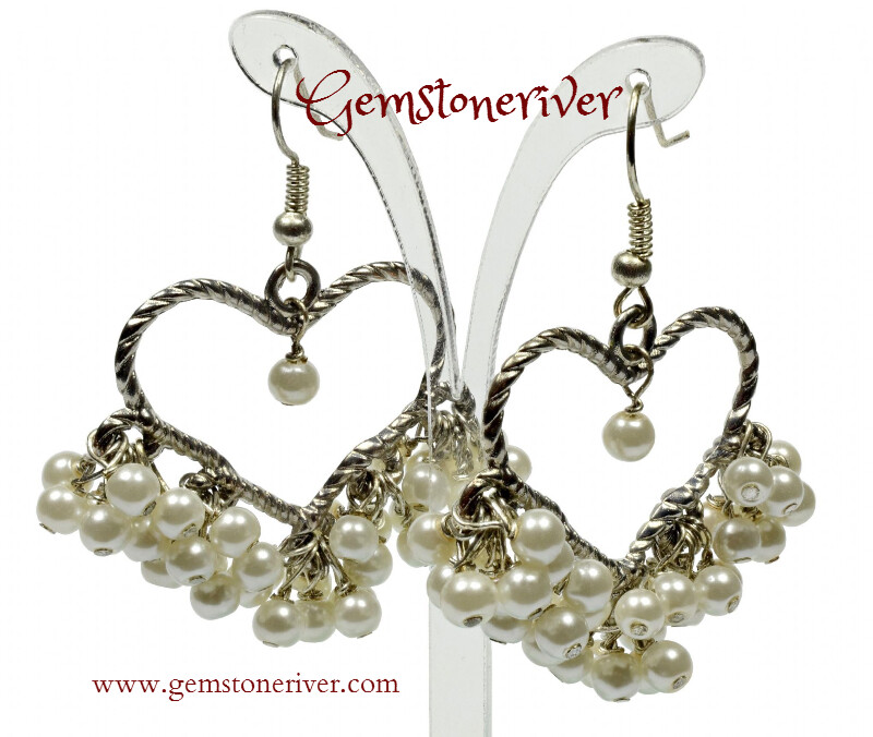 E226 Cream Ivory Pearl Heart Chandelier Cluster Dangle Earrings - wedding girlfriend valentine bride bridesmaid UK Gemstoneriver