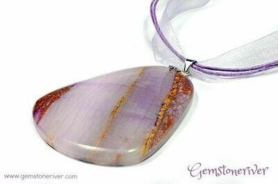 G84 Lavender Lilac Amethyst Purple Quartz Agate Gemstone pendant necklace