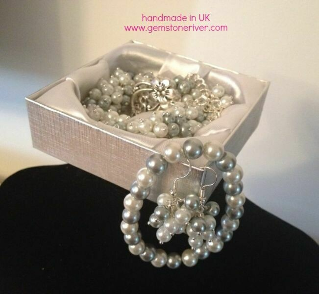 White & silver grey pearl cluster necklace bracelet earrings handmade by Gemstoneriver UK Bridesmaid wedding Xmas gift