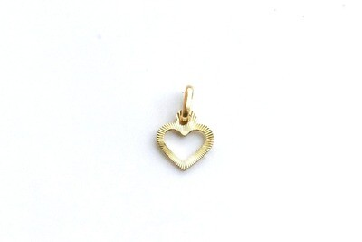 Dije de dama con forma de corazón en oro de 10k