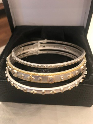 Bangles , stack of 3 oval crystals Bucc#2