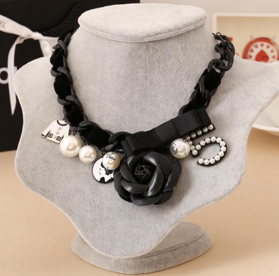 Necklace Coco 3