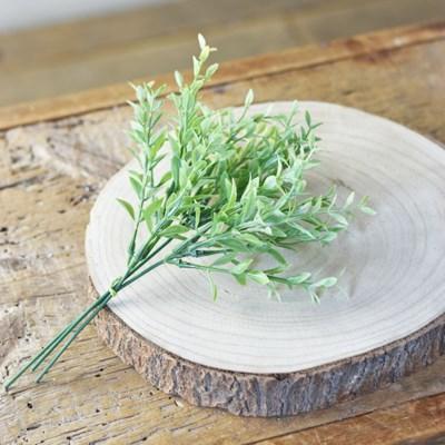 Green Tea Leaf Pick
