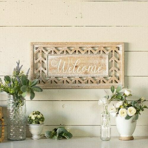 Distressed Wooden Welcome Sign
