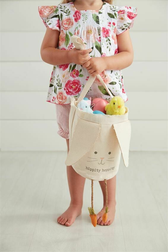 Easter Bunny w Carrot Legs Candy Bag