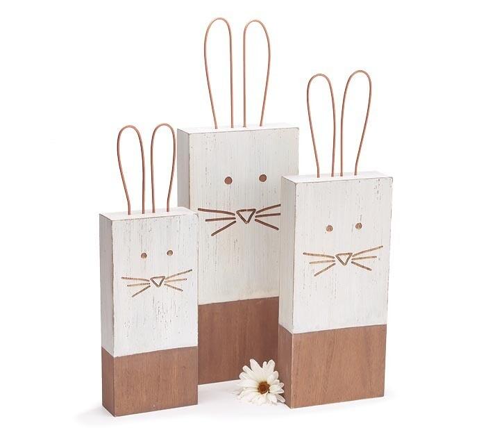 Med Wood Block Bunny w Wire Ears