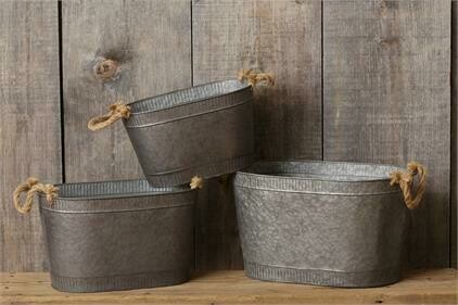 Sm Oval Tin w Rope Handles