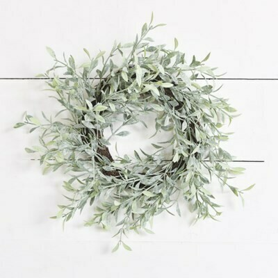 Whispy Dusted Wreath