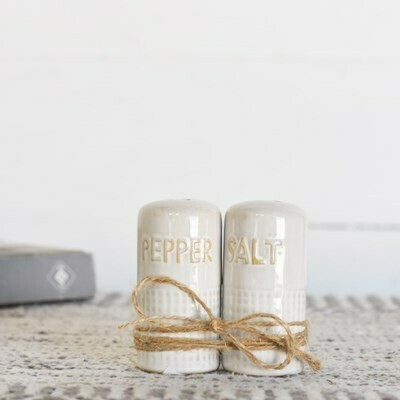 Ceramic Dot S&P Shaker Set
