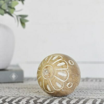 Sm Carved Wood Ball