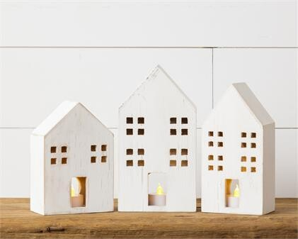 Lg Distressed Wooden House With Light Hole