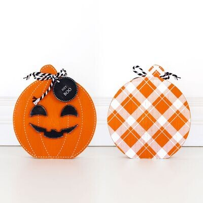 Double Sided Pumpkin With Hey Boo Tag