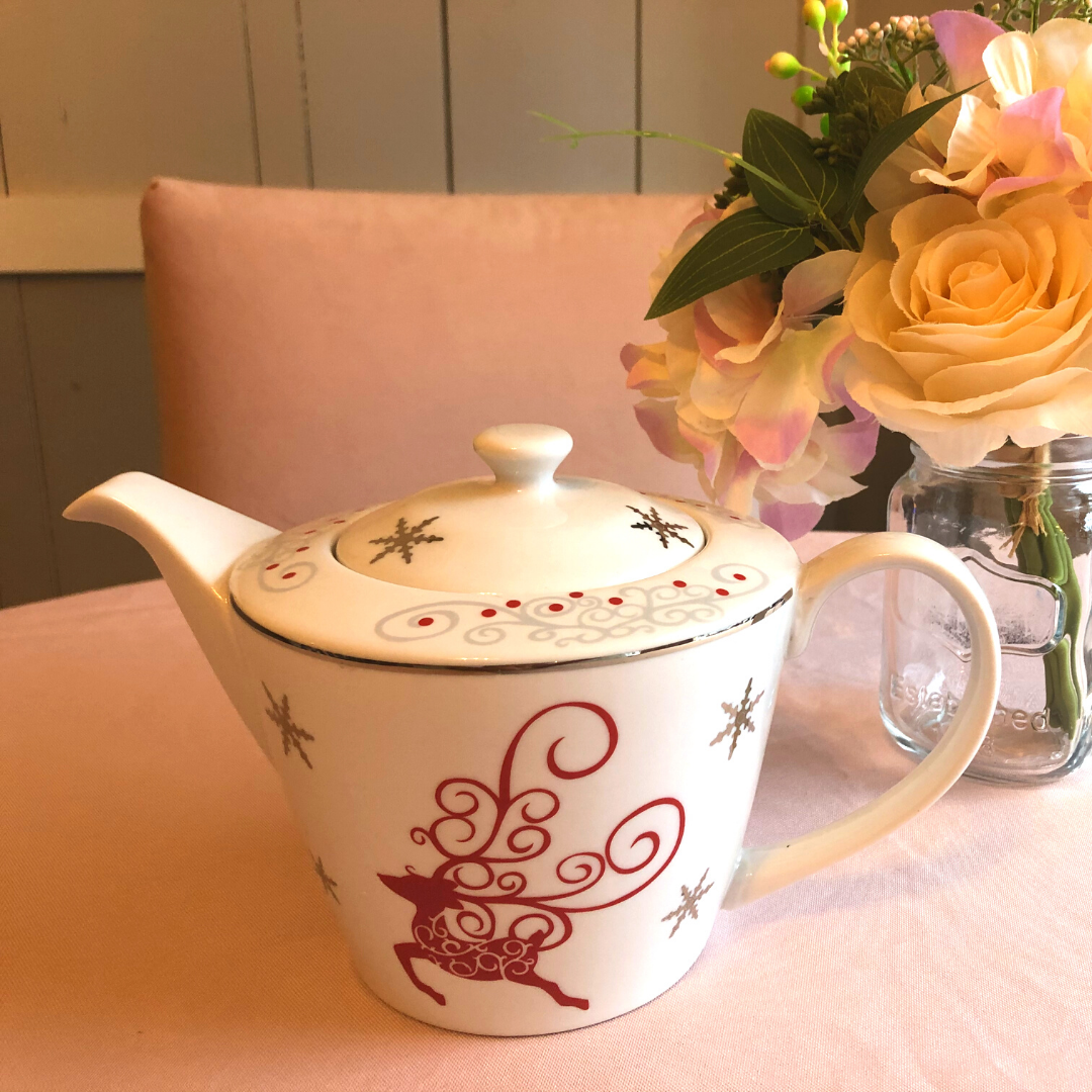 Twinkle Reindeer Tea Pot