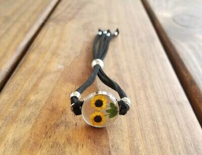 Sunflower Circle Leather Bracelet, Transparent Background.