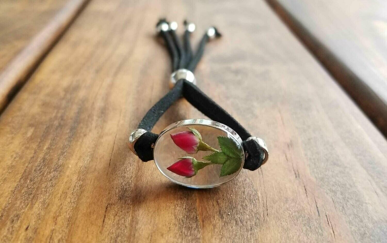 Roses Oval Leather Bracelet, Transparent