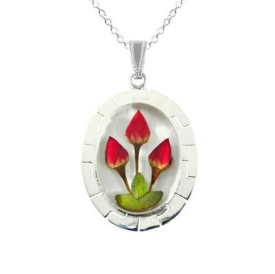 Roses Necklace, X-Large Oval, White background