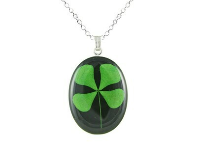 Clover Necklace, Medium Oval, Black Background