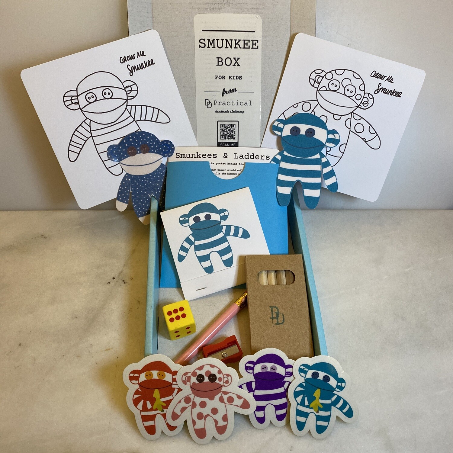 The Smunkee Activity Box