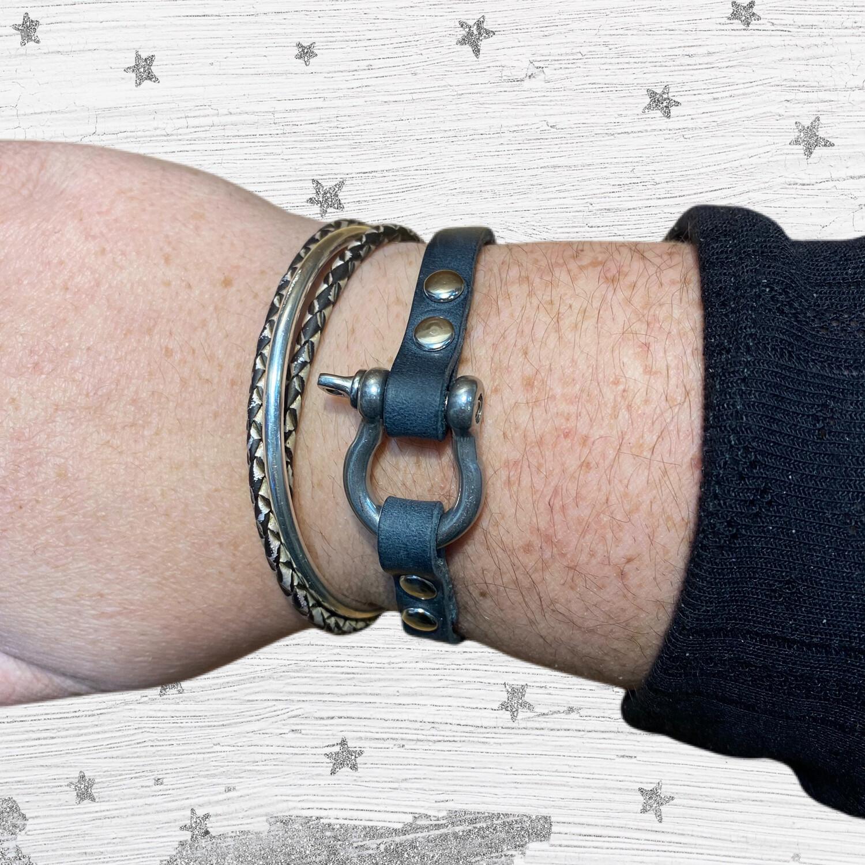 Slim Shackle Bracelet