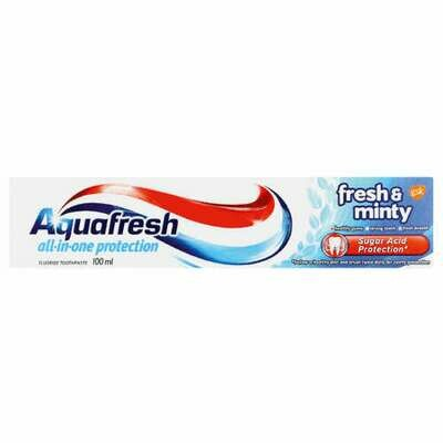 Aquafresh Fresh & Minty Toothpaste 100ml