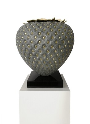 Kamila Stepniak, Granite & Gold Strawberry, 2020