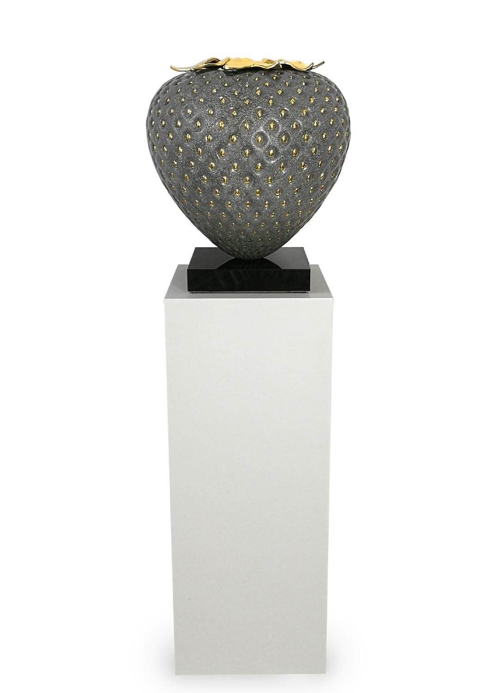 Kamila Stepniak, Granite & Gold Strawberry, 2020