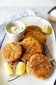 Fish Entree : SALMON CROQUETTE   |  5-6 oz each   |   minimum order 2 units
