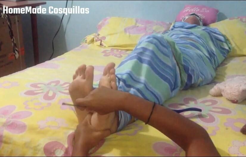 Daniela mummified tickle torture! FF/F
