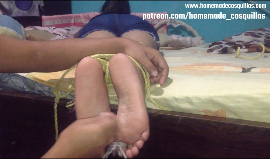 Gaby tickle soles
