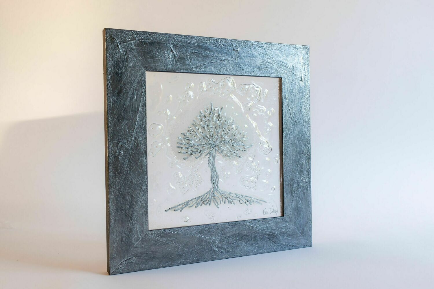 'Tree of Life' in white & silver