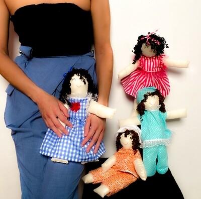 "Muñecas de ""La Niña Interior"""