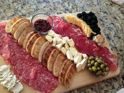 APU Food Truck Meat and Cheese Plate for 2