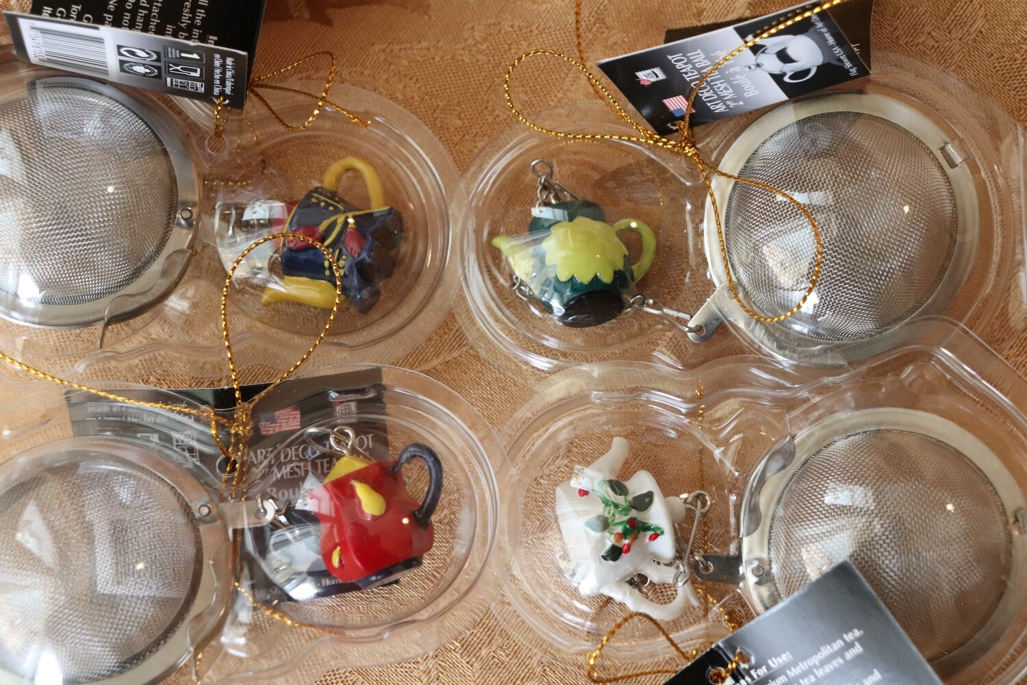 Assorted teapot infusers