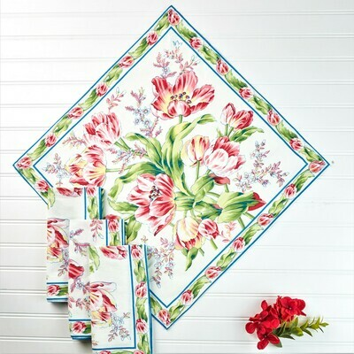 Tulip Dance Napkin Set on White