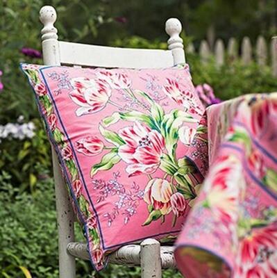 Tulip Dance Pillow in Pink