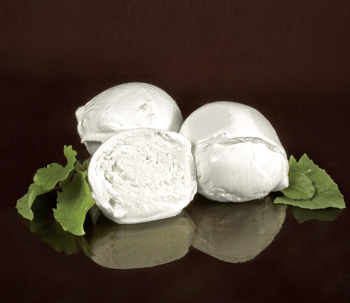 MOZZARELLA DOP 100% Latte di Bufala della Valle dell'Amaseno