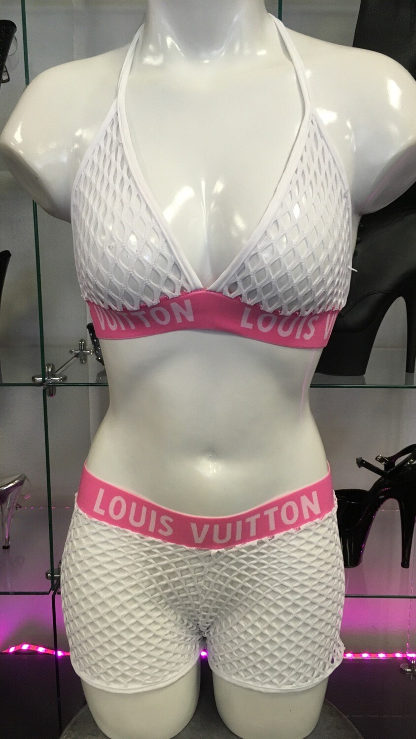 P-61 White/Pink LV Net Short Set