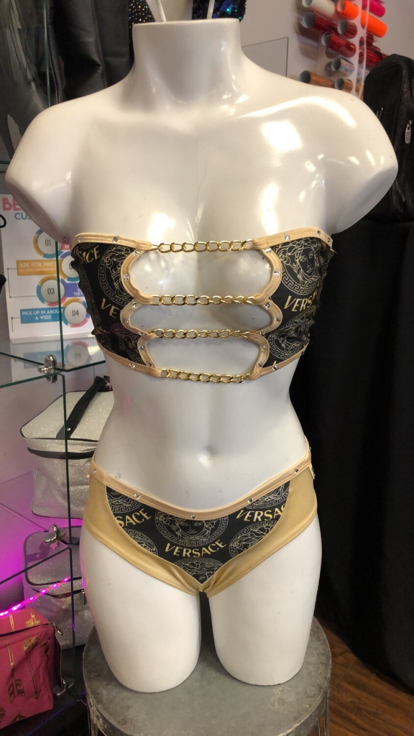 hg BS105DS versace/nude chain Shorts Set