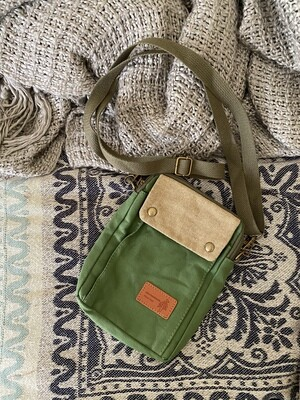 Green canvas & cotton zipper messenger bag