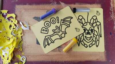 Mini Halloween Sand Art Cards