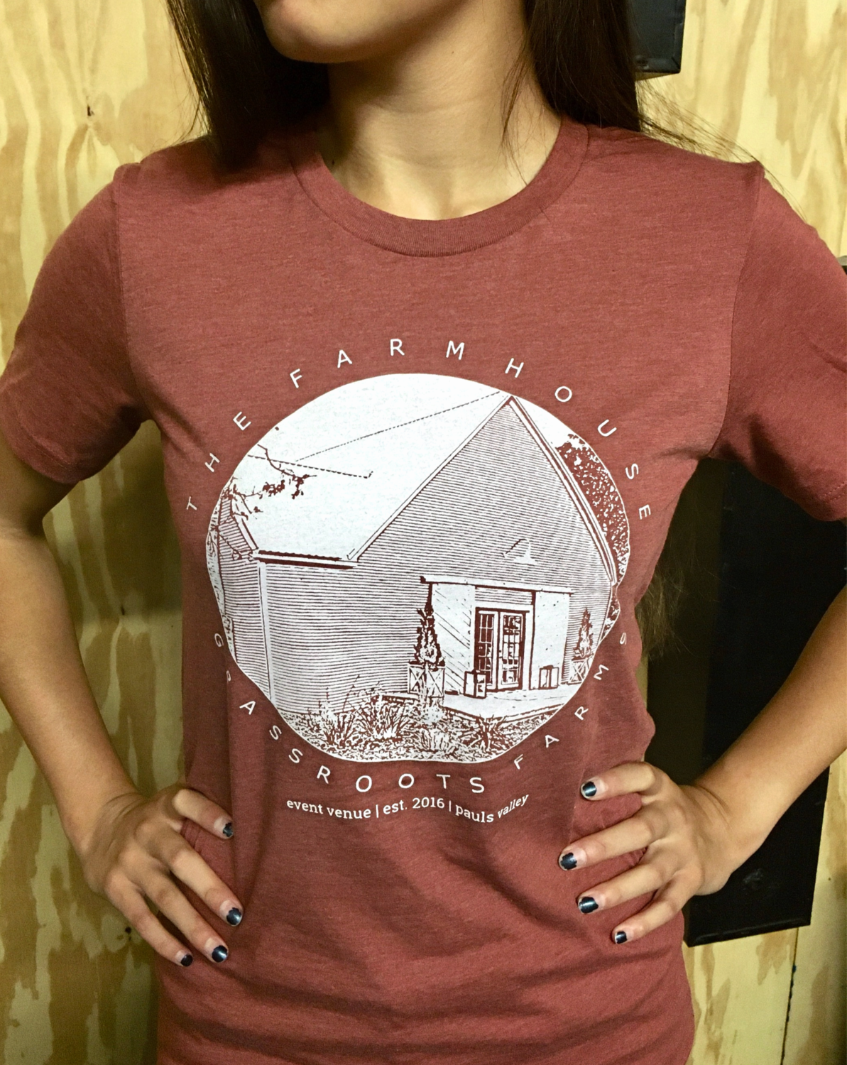 The Farmhouse Tee, rust
