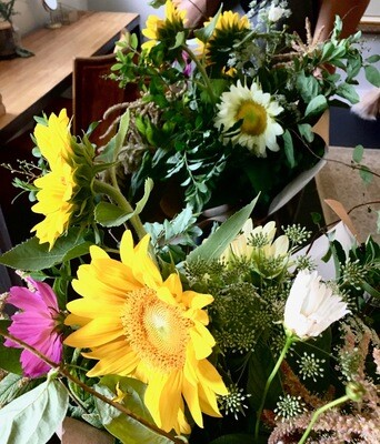 Summer Market Bouquet, medium