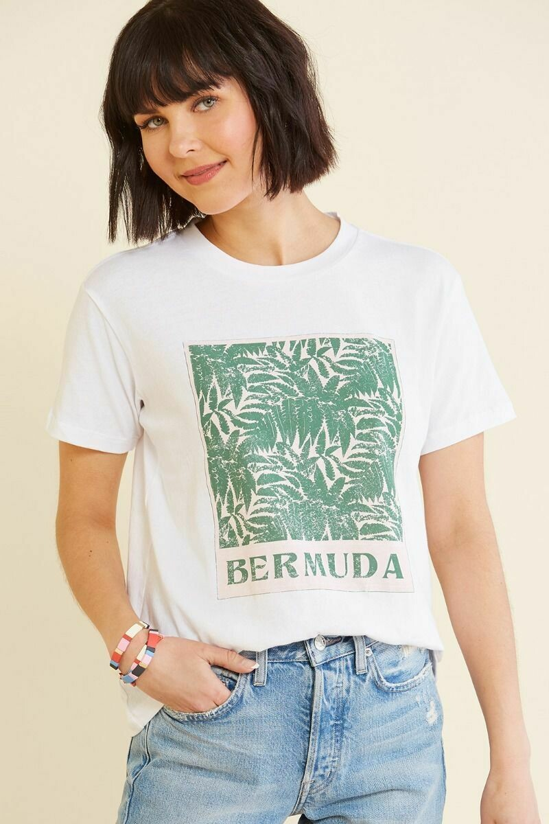 LEAVES BOYFRIEND TEE