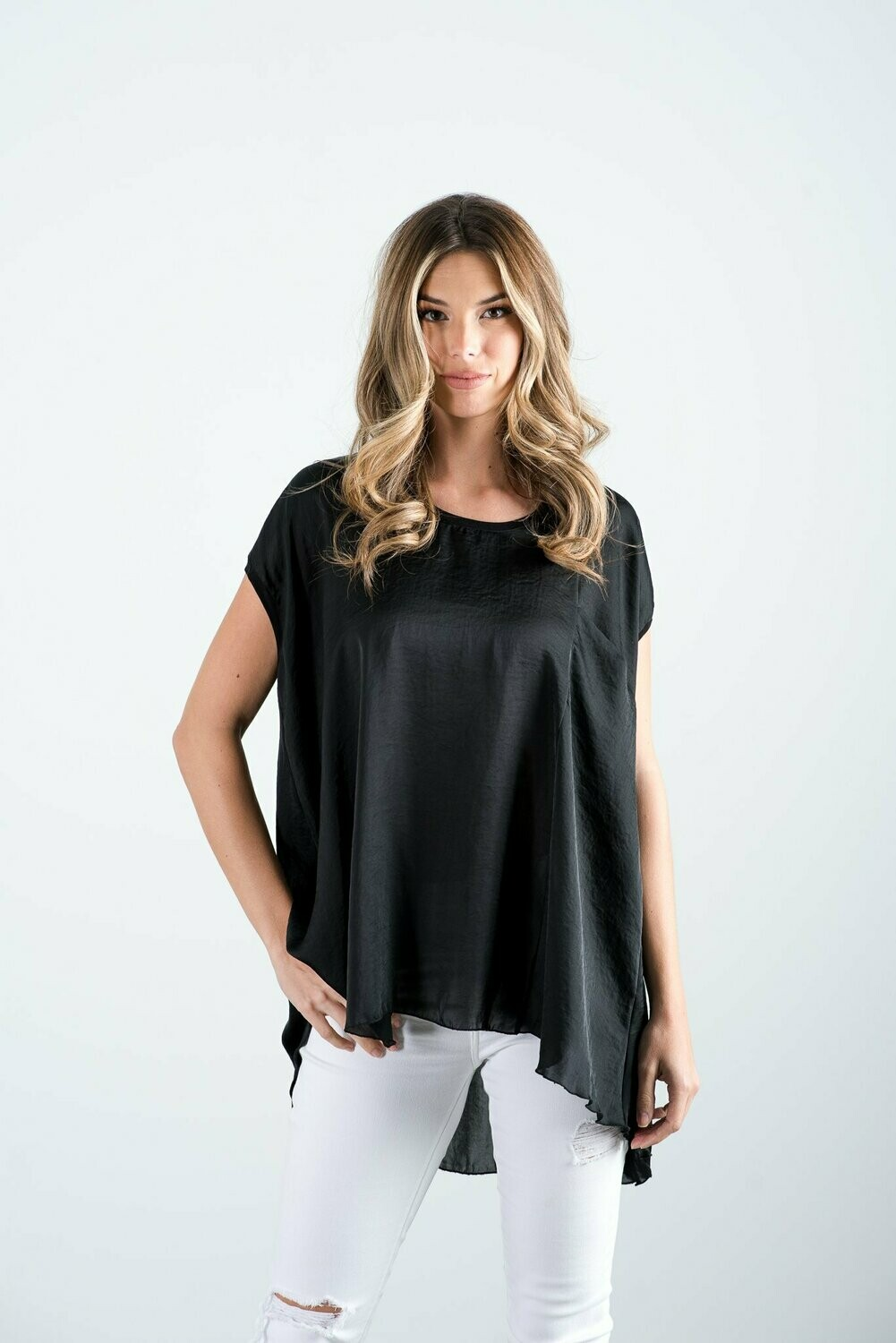 THE LILLI BLACK TUNIC
