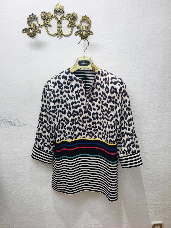Blusa leopardo hombreras