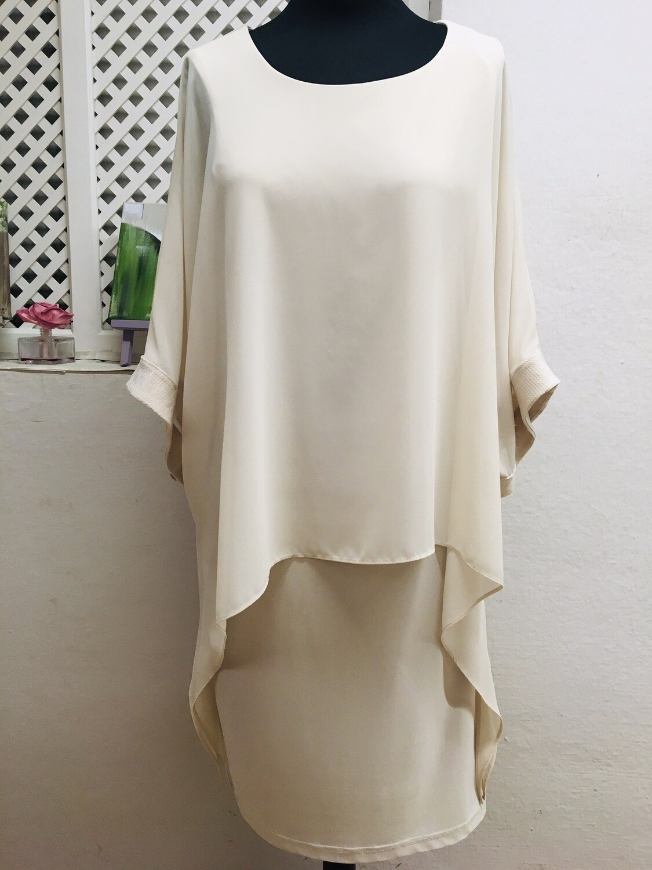 Vestido blanco capa