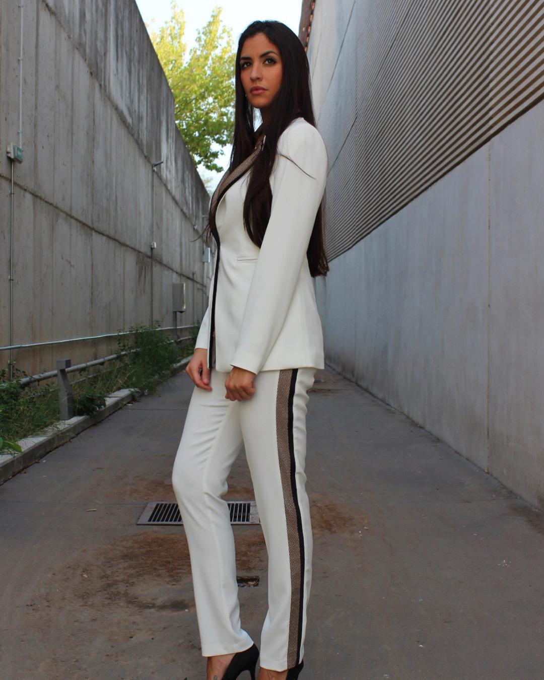 Traje de chaqueta blanco